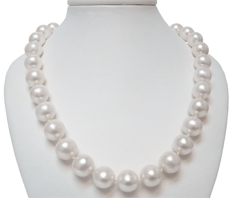 Sterling Silver 4-5mm Black Egg Shape FW Cultured Pearl Necklace